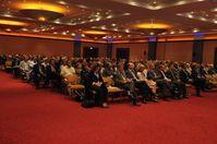 """Zahlreiche Zuhörer folgten auf dem ANZAG Apotheker-Forum den Ausführungen von Prof. Dr. Lothar Späth zum Thema """"Unternehmen im Wandel - Visionen für morgen"""". Bild: ANZAG"""