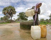 """Sauberes Trinkwasser ist für hunderte von Millionen Menschen keine Selbstverständlichkeit. Bild: """"obs/Caritas international/Paul Jeffrey"""""""