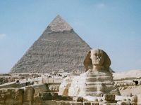 Sphinx vor der Chephren-Pyramide