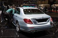 Seit 2018 bietet Daimler erstmals einen Serien-Pkw mit Diesel-Hybrid-Antrieb an