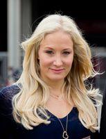 Janine Kunze, 2012