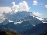 Wolken in den Zentralalpen –  15 Millionen Jahre alte Niederschlagsspuren verraten wie hoch die damaligen Berge waren. Quelle: Foto: Marion Campani, BiK-F (idw)