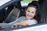 59 Prozent der Autofahrerinnen wollen nicht auf den eigenen Wagen verzichten; bei Männern sind es lediglich 50 Prozent.