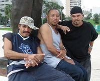 Gangmitglieder: Gewalt gehört beinahe zum Alltag. Bild: flickr/Phillip Pessar