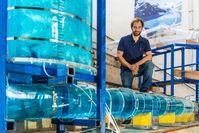 Franz Georg Pikl von der TU Graz forscht an der Zukunft der weltweiten Energieversorgung. Er hat mit dem Heißwasser-Pumpspeicherkraftwerk eine richtungweisende Technologie entwickelt. Quelle: © Staudacher - TU Graz (idw)