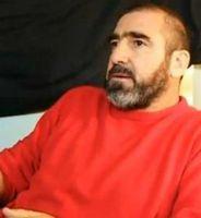 Eric Cantona: Richtet sich mit Videobotschaft an Flashmob. Bild: bankrun2010.com