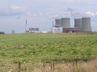 Das Kernkraftwerk Temelín ist ein Kernkraftwerk nahe Temelín in Tschechien. Es ist hinsichtlich der Leistung mit 2026 MW das größte Kraftwerk in Tschechien.
