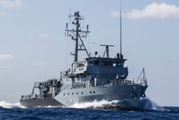 Das Minenjagdboot Homburg im westlichen Mittelmeer zwischen Cartagena und Algier im Rahmen der Operation Active Endeavour, am 27.09.2014.