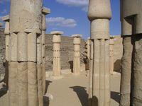 Sakkara: Überreste von Haremhabs Grabtempel aus der 18. Dynastie.