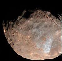 Farbbild von Phobos, Mars Reconnaissance Orbiter, 2008 Bild: de.wikipedia.org