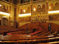 Sitzungssaal des ungarischen Parlamentes