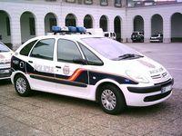 Fahrzeug der Policía Nacional