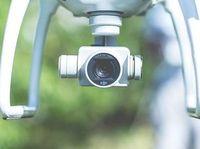 Kreative Drohne übernimmt die Filmregie.