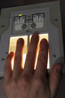 Vollautomatischer 4+4+2-Fingerabdruckscanner
