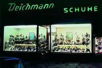 """Erste Deichmann-Filiale außerhalb von Essen in der Ackerstraße in Düsseldorf /  Bild: """"obs/ZDF/Privat - Deichmann"""""""