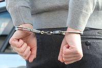 "Mann in Handschellen: ""iGotBerries"" gibt Auskunft. Bild: ROOKIE23, pixabay.com"