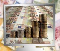 Geld im Netz: Heiß umkämpfter Markt. Bild: pixelio.de, G. Altmann