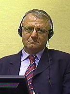 Vojislav Šešelj (vor dem ICTY, 2009)