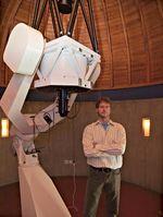 Professor Dr. Thomas Reiprich bekleidet eine neue Heisenberg-Professur an der Uni Bonn. Es ist deutschlandweit die erste derartige Stelle im Bereich Astrophysik. Bild: Frank Luerweg, Universität Bonn