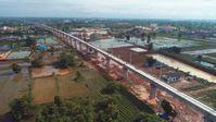 Eine Luftaufnahme vom 15. Juni 2021 zeigt die noch im Bau befindliche Phon Thong-Brücke in Vientiane, Laos.