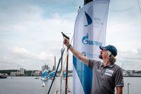 Alexey Zaytsev, Managing Director der Nord Stream AG, gibt den Startschuss zum Nord Stream Race 2021  Bild: Nord Stream Race Fotograf: Marina Semenova