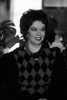 Shirley Temple am 25. Oktober 1990 als Botschafterin in der Tschechoslowakei