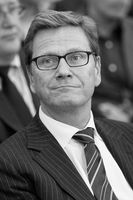 Guido Westerwelle Bild: Tim Reckmann (Transferred by diba/Originally uploaded by Tim Reckmann) - eigenes Werk, CC BY-SA 3.0 de, https://commons.wikimedia.org/w/index.php?curid=19401335