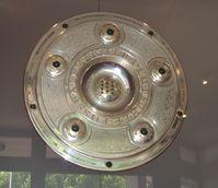 Die Meisterschale – Trophäe für den deutschen Fußball-Meister (Stand 1992)
