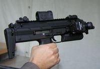 Kleinwaffe HK MP 7 auf einer Waffenschau der Bundeswehr