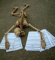 Bürokratie, Langzeitarbeitslos, Armut (Symbolbild)