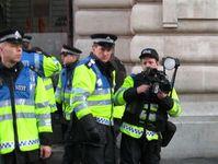 Polizei: Bei Demonstrationen wird mitgefilmt. Bild:flickr.com/mohanan