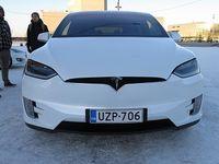 Tesla als Vorreiter: Fahrer werden unaufmerksam. Bild: jartsf, flickr.com