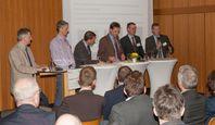 Engagierte Diskussionsrunde beim Workshop über die EU-Holzhandelsverordnung am Thünen-Institut in Ha Quelle: (Foto: Thünen-Institut) (idw)