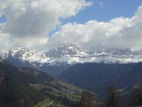 Blick von Steinegg auf den Rosengarten.