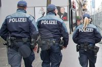 Polizisten - Symbolbild