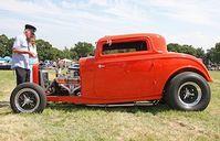 Hot Rod: erkennt man an ihren übergroßen Hinterrädern. Bild: flickr.com/exfordy
