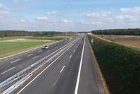 Leere Autobahn - Freie Fahrt! (Symbolbild)