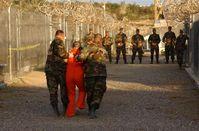 Guantanamo Camp X-Ray Bild: U.S. military or Department of Defense