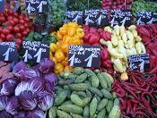 Bildquelle: aboutpixel.de / Marktstand © Julia Gschößer