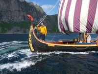 Bootsbaukunst in Perfektion: Die Drachenboote der Wikinger versetzten ganz Europa im Frühmittelalter in Angst und Schrecken. Bild: ZDF und Sabine Armsen