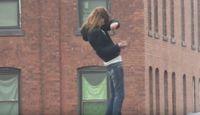 "Screenshot aus dem Youtube Video ""Drug induced Zombie walk, Charlton St. Worcester, Mass. USA"""