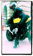 Motorradfahrerin (Symbolbild)