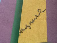 Warhols Namenszug am Andy-Warhol-Museum in Medzilaborce