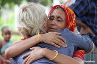 Christliche Frauen in Bangladesch, die Gewalt und Diskriminierung wegen ihres Glaubens erlebt haben, erfahren Trost.  Bild: Open Doors Deutschland e.V. Fotograf: Open Doors