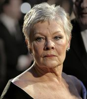 Judi Dench bei den British Academy Film Awards 2007 Bild: Caroline Bonarde Ucci at http://flickr.com/photos/caroline_bonarde/ / de.wikipedia.org