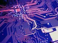 Leiterplatte: Forscher heben KI auf neues Level. Bild: urulaia, pixelio.de
