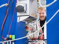 Michael Fink im Labor an der TU Wien Quelle: TU Wien (idw)