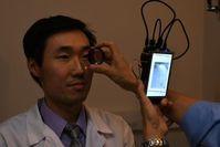 Test-Scan: Der Entwickler dient als Demo-Patient. Bild: Bailey Shen