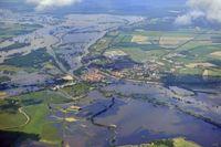 Luftbild, Hochwasser an der Elbe 2013