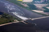 Das Eidersperrwerk in Schleswig-Holstein. Für konkrete Küstenschutzmaßnahmen wären Prognosen für den lokalen Meeresspiegelanstieg hilfreich. Doch dafür fehlen Daten. Quelle: Foto: Andreas Villwock, GEOMAR (idw)